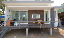แบบบ้านน็อคดาวน์ ชั้นเดียวยกพื้น โมเดิร์น ที่ตอบโจทย์คนรุ่นใหม่ งบ 380,000 บาท