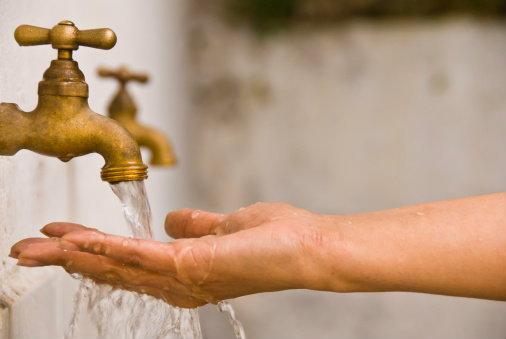 """เรื่องน่ารู้เกี่ยวกับ """"น้ำ"""" สิ่งที่เจ้าของบ้านควรใส่ใจ"""