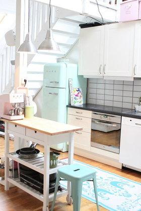 เปลี่ยนห้องครัวแนวใหม่...สไตล์น่ารักสำหรับคนรักสีสัน