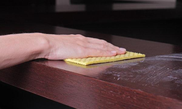 5 วิธีทำความสะอาดไม่แนะนำ เพราะจะทำให้เฟอร์นิเจอร์เจ๊ง