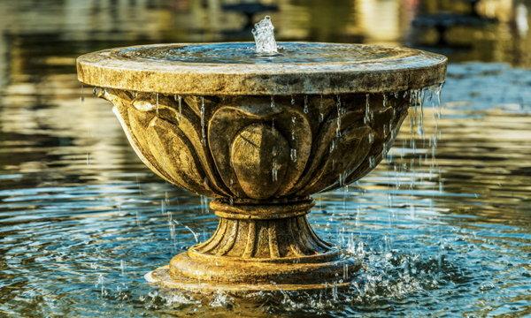 3 กฎตกแต่งบ้านด้วยน้ำ ตั้งตรงไหนเย็นสบาย ถูกหลักฮวงจุ้ย