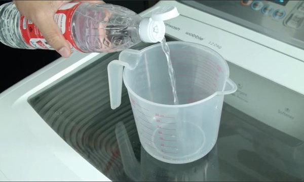 Did You Know... คุณรู้หรือไม่ น้ำส้มสายชูตัวช่วยในการซักผ้า