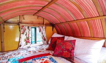 20 เทคนิคเปลี่ยนห้องนอนเก่าเป็นสไตล์โบฮีเมียน