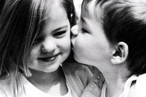 ทายนิสัยบอกความนัยจากรอยจูบ