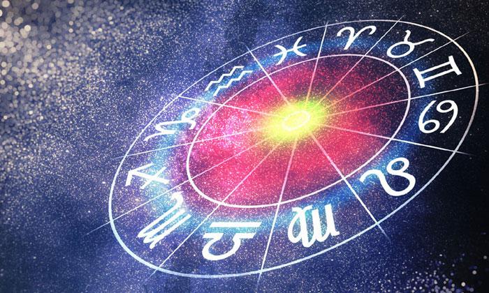 ดูดวงปี 2018 พยากรณ์ทั้ง 12 ราศีตลอดปี โดยอาจารย์ ธนกร
