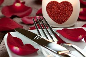 ทำนายความรักจากอุปกรณ์บนโต๊ะอาหาร