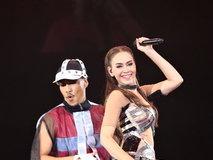 คอนเสิร์ต 6 2 13 Dance Fever