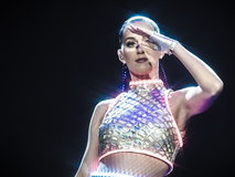 THE PRISMATIC WORLD TOUR