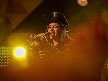 """Cardi B"" แร็ปเปอร์สาวคนแรกที่มีเพลงขึ้นอันดับหนึ่ง Billboard Hot 100 ถึง 2 เพลง!"