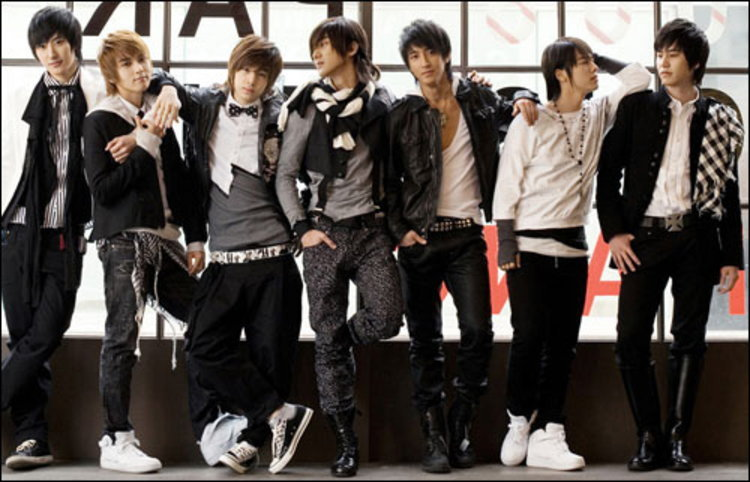 Super Junior M ส่งอัลบั้ม Me ติดอันดับ 1 ชาร์ต B2S
