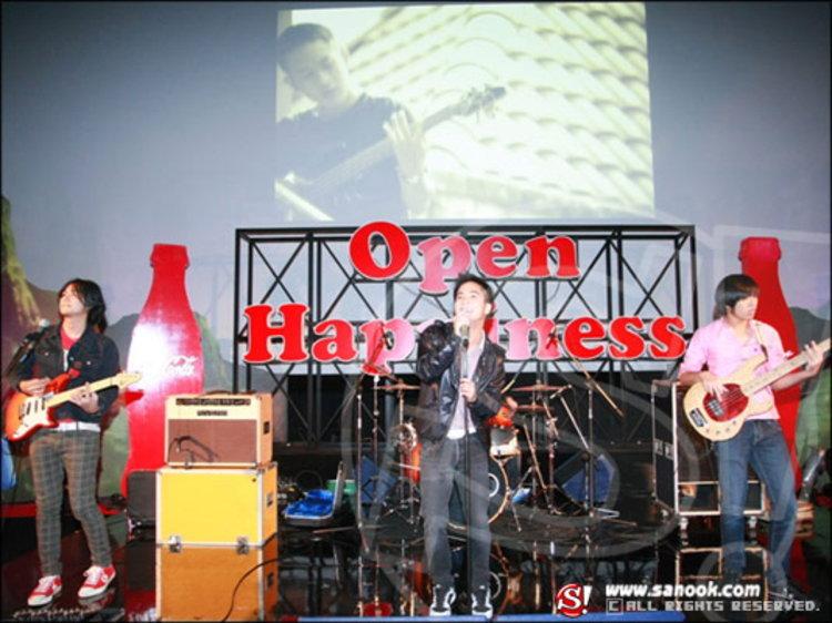 Open Happiness กระหึ่ม!  แทททู คัลเลอร์ โชว์เจ๋ง แต่งเองร้องเอง!