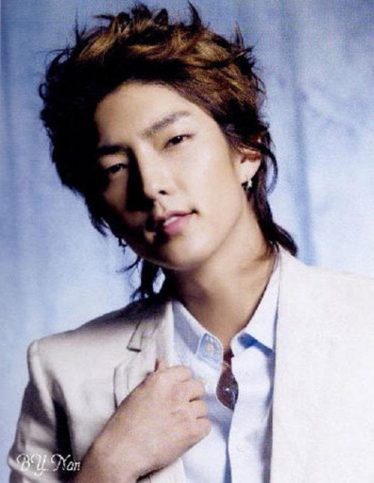 ลี จุนกี โชว์สปิริต ควักเงินจัดคอนเสิร์ตเอง หลังถูกผู้จัดที่ไต้หวันเบี้ยวงาน-เชิดเงินหนี!!