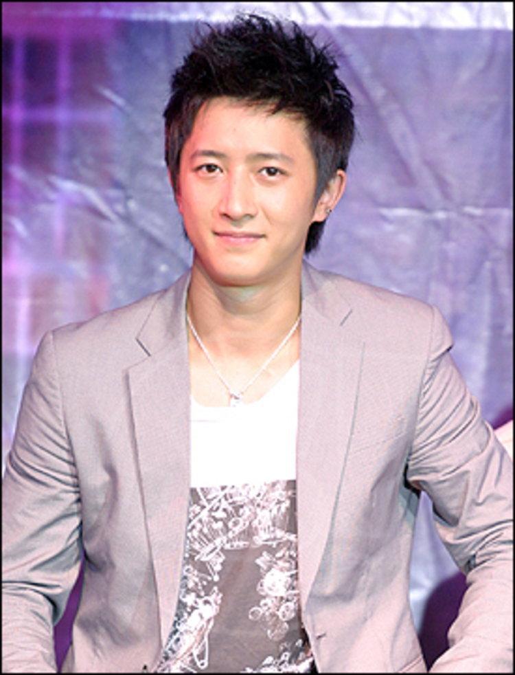 ฮันคยอง ( Super Junior ) ฟ้องยกเลิกสัญญา SM