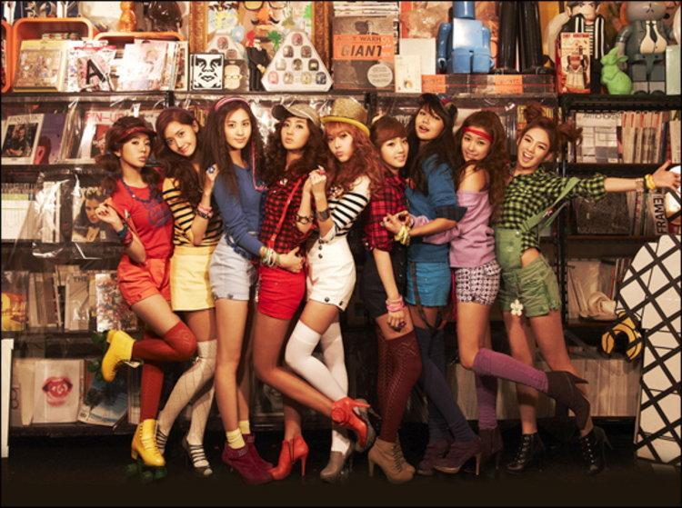 Girls' Generation แจกโฟโต้การ์ดสุดน่ารัก 9 แบบน่าสะสม ในอัลบั้มใหม่ Oh!
