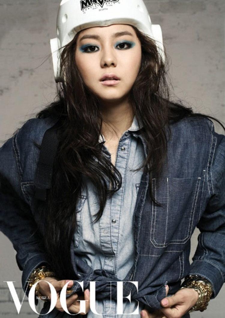 ยูอี (UEE) แปลงโฉมเป็นสาวนักกีฬาใน Vogue Korea