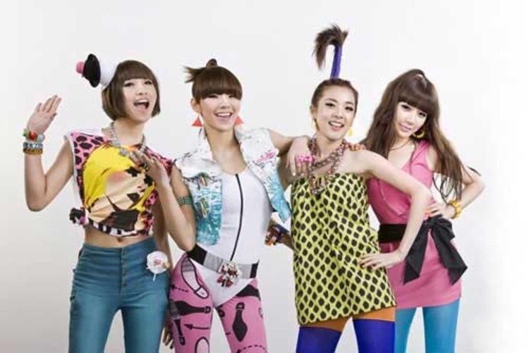 2NE1 คัมแบ็ค ฝีมือโปรดิวเซอร์ Will.i.am พร้อมเตรียมบุกตลาดญี่ปุ่น-สหรัฐอเมริกา