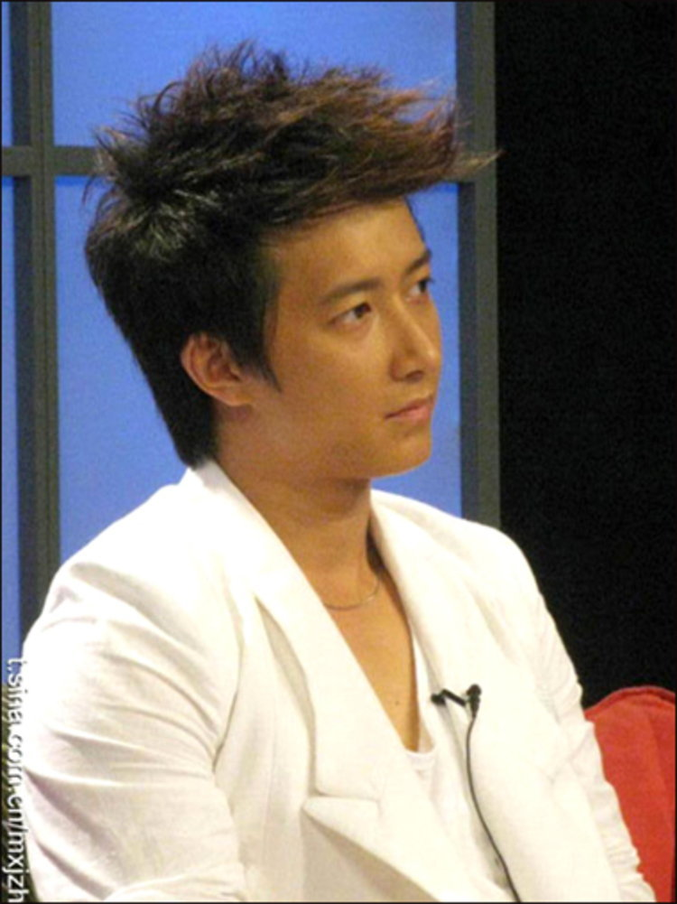 """ฮันเกิง ( Han Geng ) เปิดใจ """"ผมอยากทำงานหนัก และหลีกเลี่ยงข่าวลือ"""""""