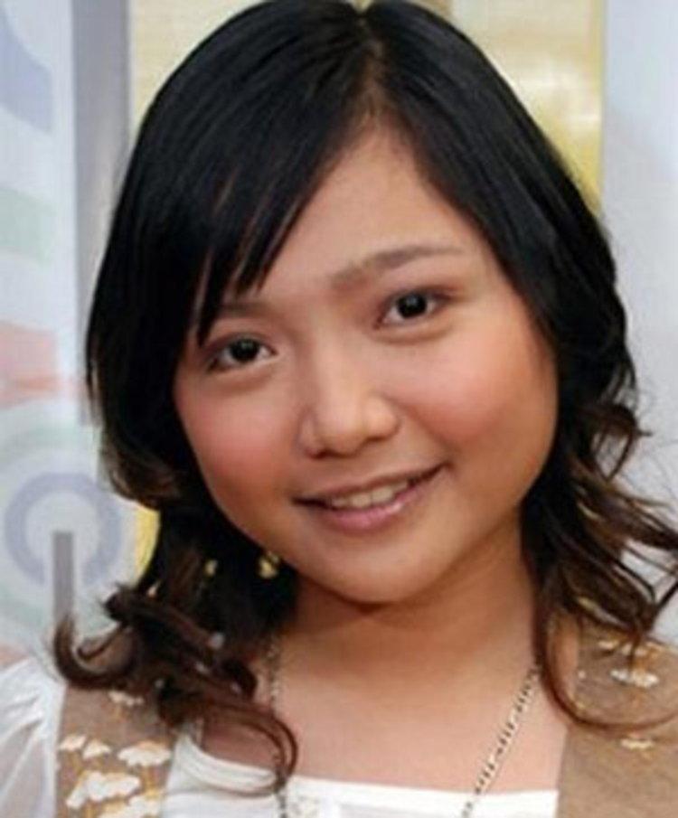 โลกออนไลน์ฮือฮานักร้องวัยรุ่นฟิลิปปินส์ ชาริซ ทำศัลยกรรมเพื่อแสดงซีรีส์ดังใน สหรัฐ