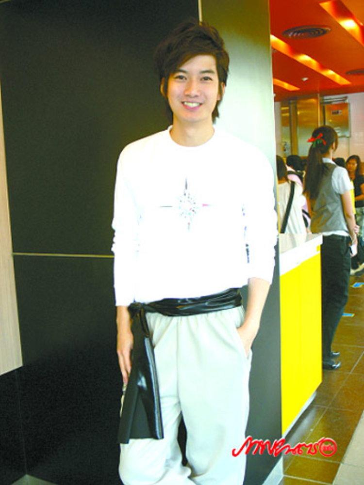 เชน แพลนพักเรียนต่อ ย้ำ!!! รัก ต่าย ยังหวาน