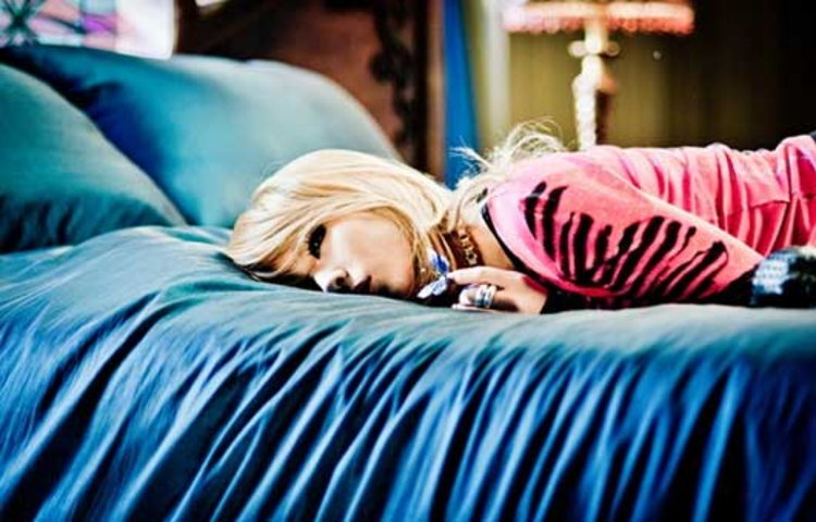 2NE1 ปล่อยทีเซอร์ I LOVE YOU เวอร์ชั่น CL