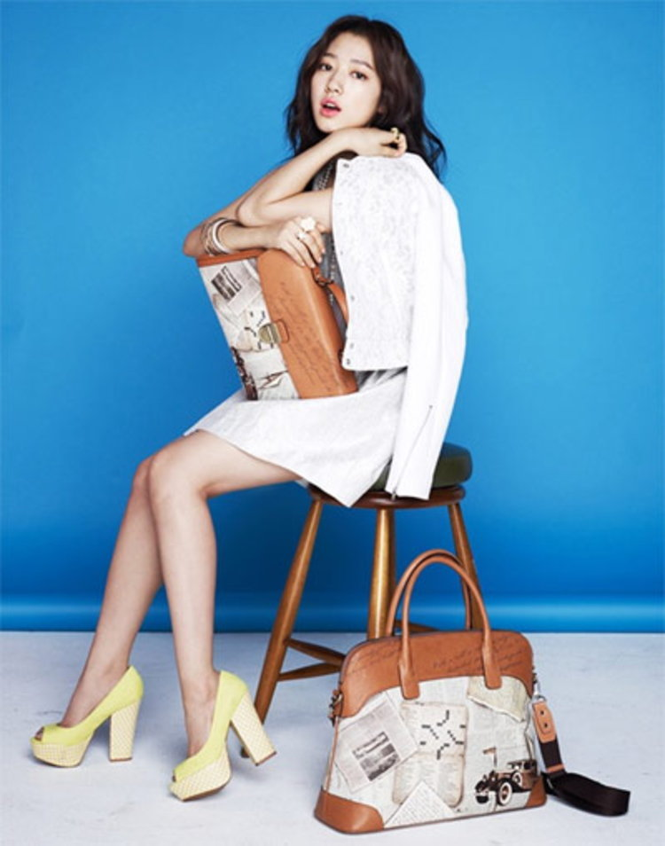 พัคชินเฮ นางเอก ยู อาร์ บิวตี้ฟูล เยือนไทยพบแฟนครั้งแรก