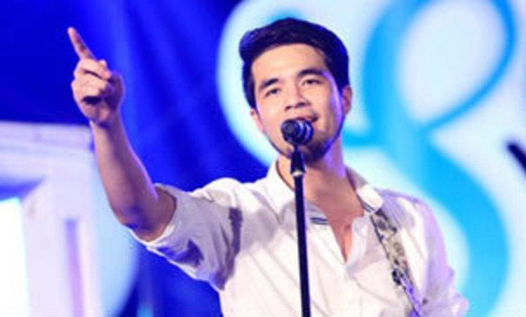 ลุลา-ว่าน ธนกฤต เคล้าลมหนาวริมทะเลเก๋ๆ ใน Love Song Love Sea Concert