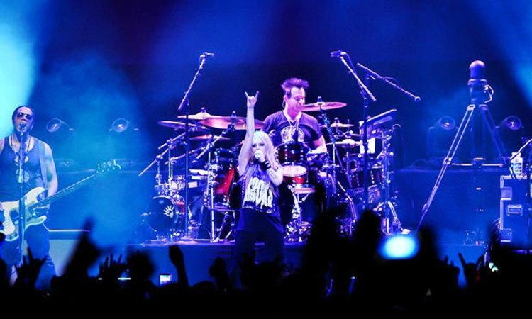 Avril Lavigne ร็อคสะบัดจัดเต็มอีกครั้งในไทย