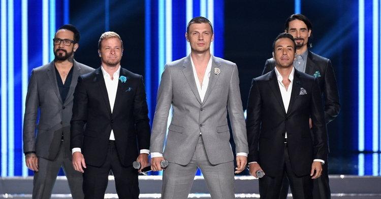 Backstreet Boys โผล่เซอร์ไพรส์บนเวทีประกวดนางงาม Miss USA 2016