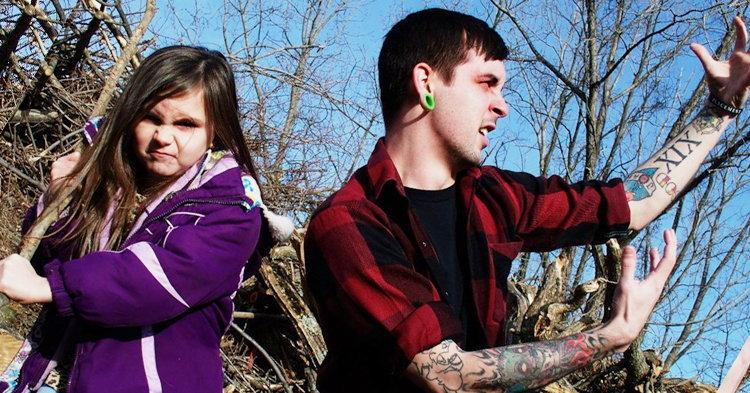 สลด! Adam Young สมาชิกดูโอพ่อ-ลูก Sockweb ฆ่าตัวตาย
