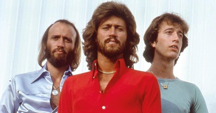 Bee Gees รำลึกไปกับเพลงเพราะๆ ใน Timeless: The All-Time Greatest Hits