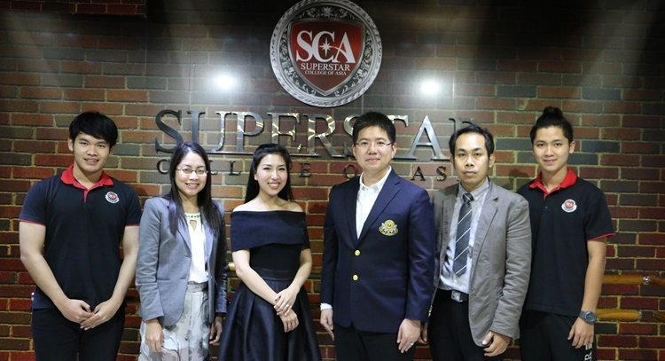 """""""แพร-รติวัลคุ์"""" ผู้บริหาร JSL ถ่ายทอดความรู้การทำงานธุรกิจบันเทิงให้นักศึกษา SCA"""