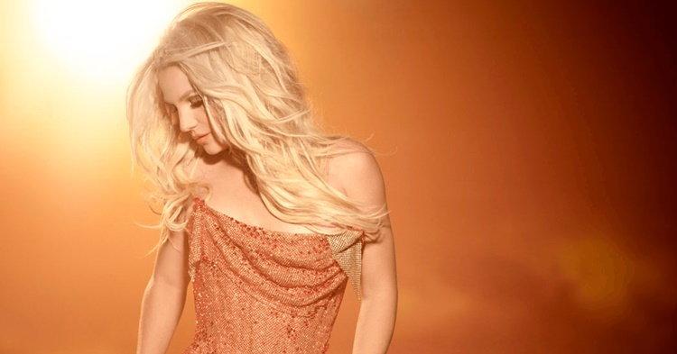 Britney Spears กับ 12 เพลงที่ต้องร้องให้ได้ก่อนไปดูคอนเสิร์ต