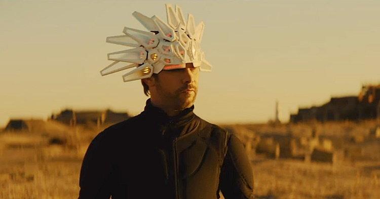 """Jamiroquai กับหมวกสุดล้ำเหมือนเดิม กับเอ็มวีใหม่ """"Superfresh"""""""
