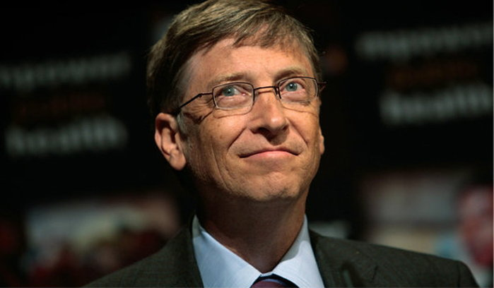 ส่องสมบัติ 8 อภิมหาเศรษฐี ที่มีทรัพย์สินรวมมากกว่าคนครึ่งโลก