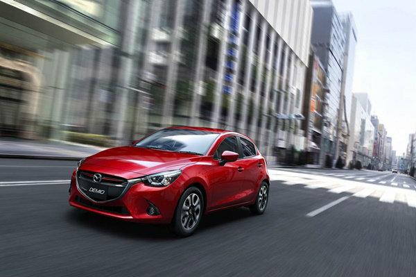 Mazda 2 ดีเซลรายแรก