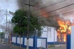 ประกาศภาวะฉุกเฉินในเมืองหลวงหลังสถานีตำรวจถูกโจมตี