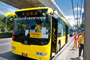 รถร่วมเผยราคาเมล์เอ็นจีวีผลิตในไทยแค่2.5ล.
