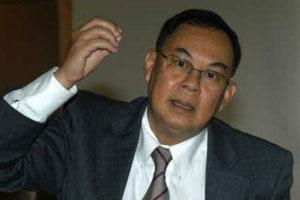 กษิต เชิญทูตสหรัฐฯ ในไทย ทำความเข้าใจสถานการณ์การเมืองของไทย
