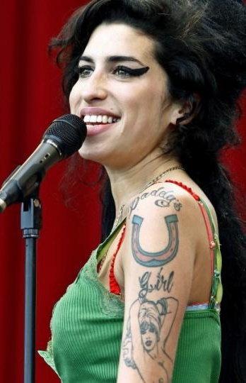 Amy Winehouse (1983-2011) นักร้องแห่งยุค