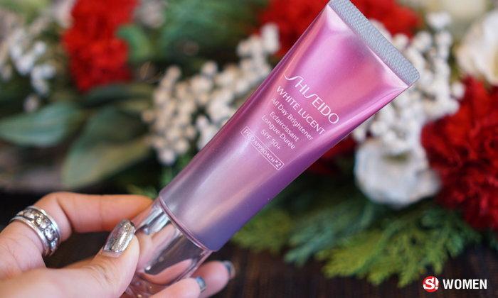 ผลการค้นหารูปภาพสำหรับ shiseido white lucent all day brightener spf 50