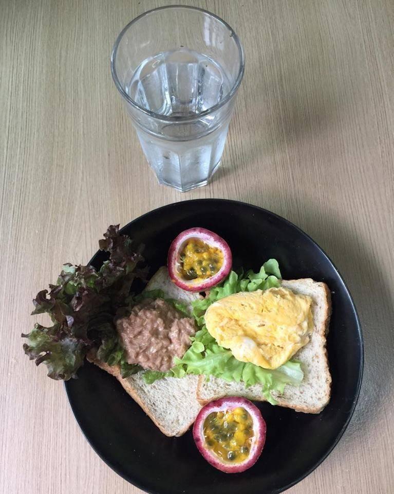 อาหารคลีน แซนวิชไข่คน + ทูน่า