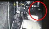 โชเฟอร์ตุ๊กตุ๊กเมายา ซิ่งรถชนตร.สาหัส ลากร่างไกล 10 เมตร